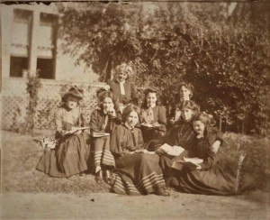 Girls and staff in an exclusive girls school, Ascham in Sydney, 2019. State library of New South Wales, P8441/8.
