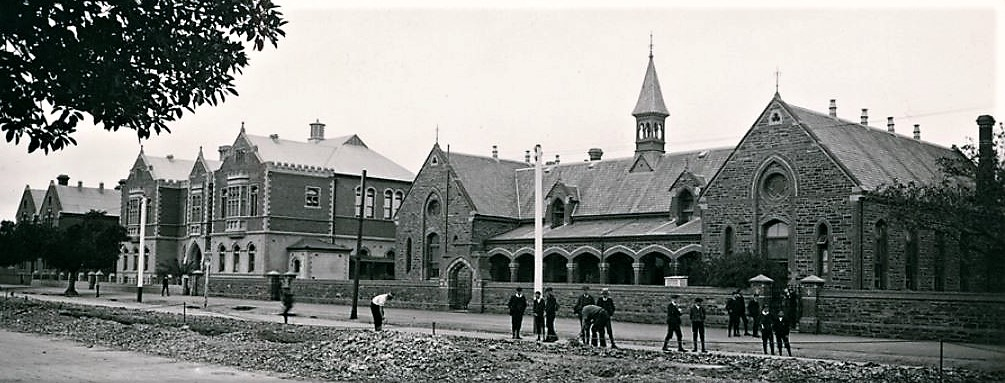 Adelaide High in 1911. Buildings from left to right: old Advanced School, Pupil Teacher School, Grote Street Public School. State Library of SA, B 5814