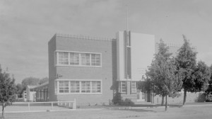 """The """"mother"""" school of the later Shepparton South tech, mid twentieth century. State Library of Victoria, H32492/1565"""